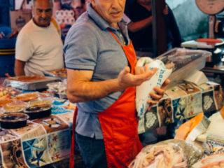 street-food-a-palermo-pescheria-mercato-del-capo-foodtellers